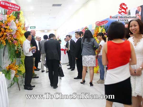 Tổ chức sự kiện Lễ khai trương văn phòng mới Công ty Nghiên cứu thị trường FTA - 06