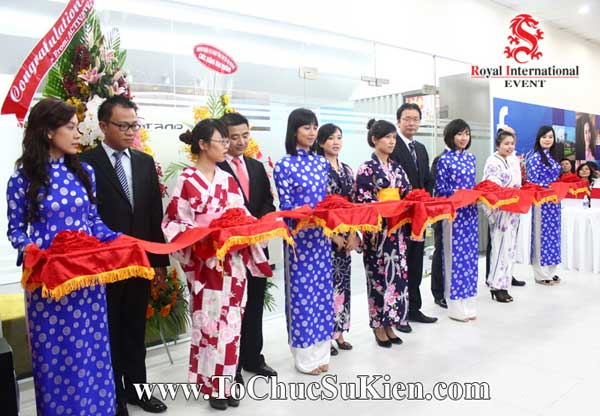 Tổ chức sự kiện Lễ khai trương văn phòng mới Công ty Nghiên cứu thị trường FTA - 18