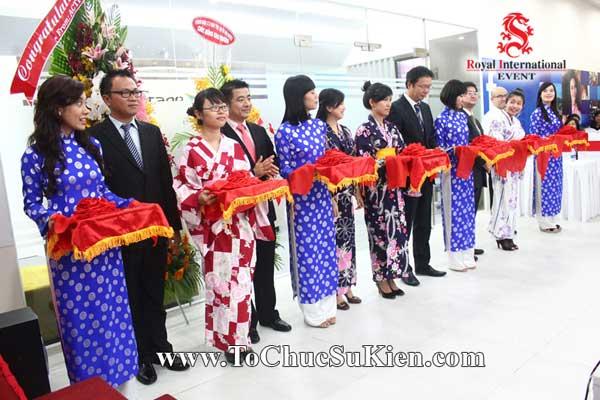 Tổ chức sự kiện Lễ khai trương văn phòng mới Công ty Nghiên cứu thị trường FTA - 19