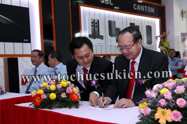 Tổ chức sự kiện Lễ khai trương Showroom HDKing Phú Mỹ Hưng - Công ty Thế Giới Công Nghệ - 13