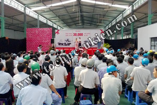 Tổ chức sự kiện Lễ chào mừng chiếc xe thứ 30.000 xuất xưởng tại IVC - Công ty ISUZU Việt Nam - 02