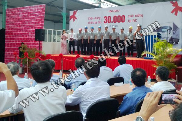 Tổ chức sự kiện Lễ chào mừng chiếc xe thứ 30.000 xuất xưởng tại IVC - Công ty ISUZU Việt Nam - 05