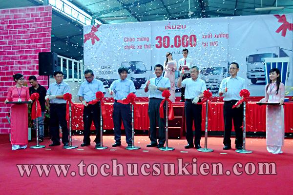 Tổ chức sự kiện Lễ chào mừng chiếc xe thứ 30.000 xuất xưởng tại IVC - Công ty ISUZU Việt Nam - 06