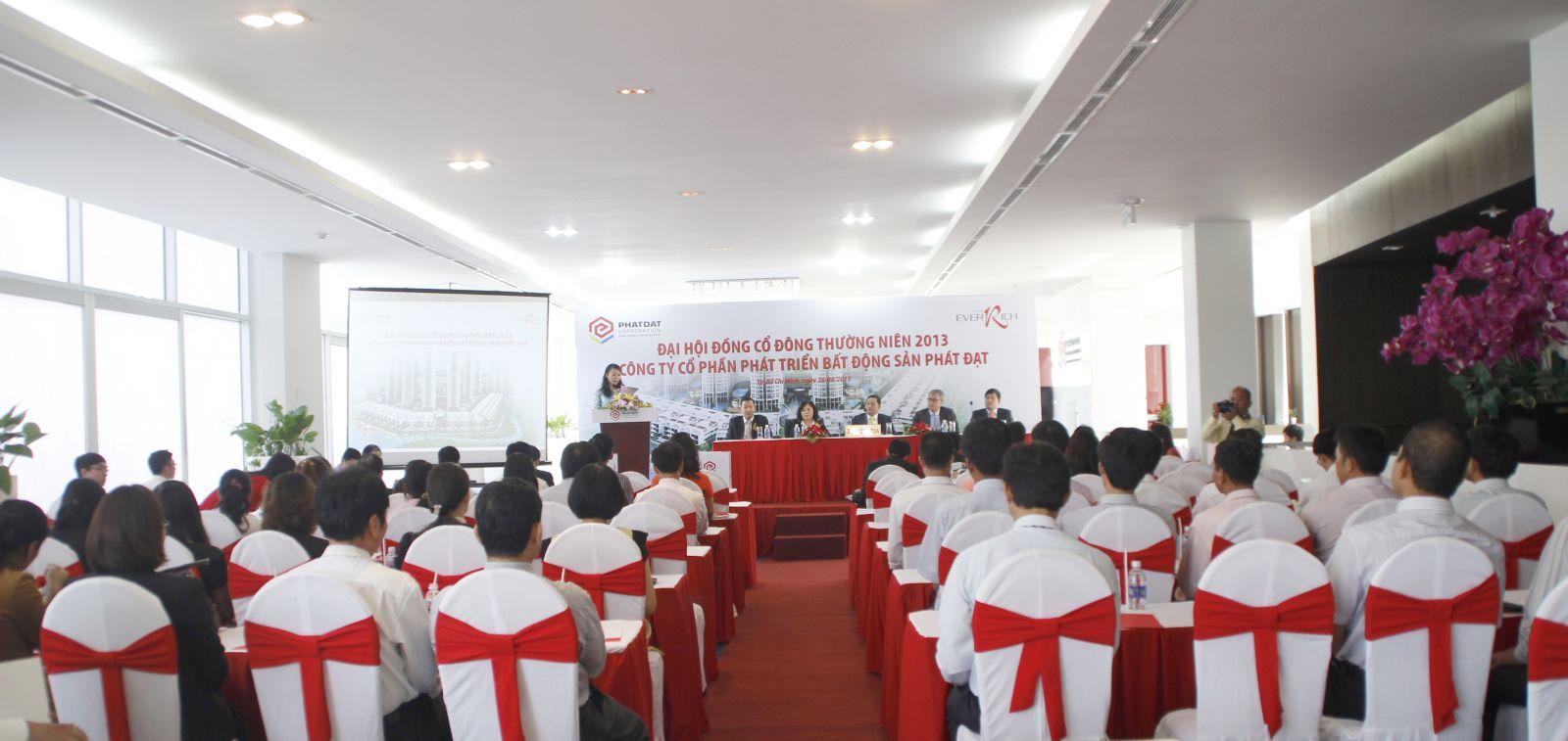 Cung cấp thiết bị - nhân sự tổ chức sự kiện Đại hội đồng cổ đông thường niên 2013 - Công ty CP Phát triển Bất động sản Phát Đạt - 01