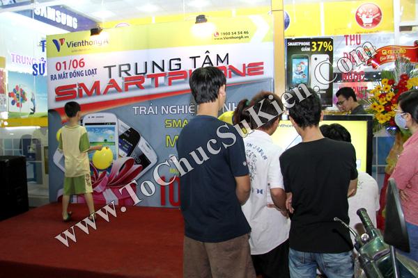 Tổ chức chuỗi sự kiện Ra mắt đồng loạt các Trung tâm Smartphone của Hệ thống cửa hàng Viễn Thông A - 02
