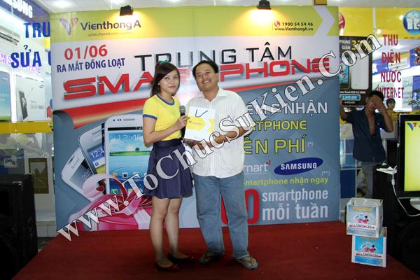 Tổ chức chuỗi sự kiện Ra mắt đồng loạt các Trung tâm Smartphone của Hệ thống cửa hàng Viễn Thông A - 07