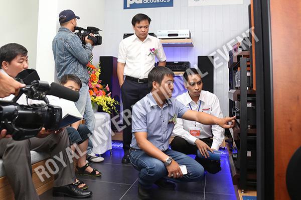Tổ chức sự kiện Lễ khai trương Showroom Sóng Âm Thanh - 23