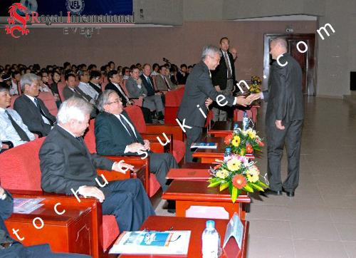 Tổ Chức Sự Kiện Lễ Trao Danh Hiệu Giáo Sư Danh Dự Và Ra Mắt Trung Tâm MANAR