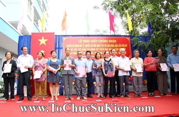 Tổ chức sự kiện Lễ trao giấy chứng nhận quyến sử dụng đất cho các hộ dântái định cư trên địa bàn Gò Vấp tại Chung cư An Sương - Q.12 - 15