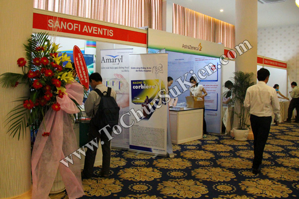 Tổ chức sự kiện: Cung cấp thiết bị, thi công gian hàng cho Hội nghị Khoahọc tim mạch - Lao khoa quốc tế do Bệnh viện Thống Nhất tổ chức tạikhách sạn Đệ Nhất HCM 09