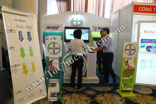 Tổ chức sự kiện: Cung cấp thiết bị, thi công gian hàng cho Hội nghị Khoahọc tim mạch - Lao khoa quốc tế do Bệnh viện Thống Nhất tổ chức tạikhách sạn Đệ Nhất HCM 11