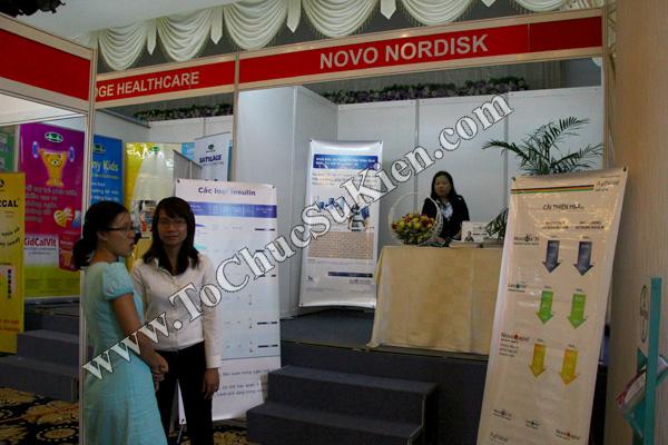 Tổ chức sự kiện: Cung cấp thiết bị, thi công gian hàng cho Hội nghị Khoahọc tim mạch - Lao khoa quốc tế do Bệnh viện Thống Nhất tổ chức tạikhách sạn Đệ Nhất HCM 12