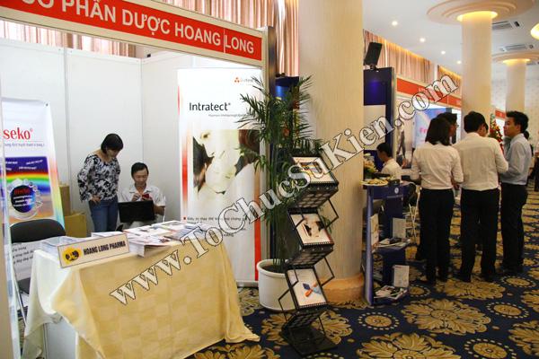 Tổ chức sự kiện: Cung cấp thiết bị, thi công gian hàng cho Hội nghị Khoahọc tim mạch - Lao khoa quốc tế do Bệnh viện Thống Nhất tổ chức tạikhách sạn Đệ Nhất HCM 13