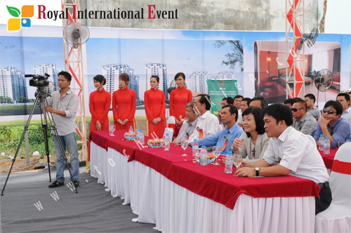 Tổ chức sự kiện Hoàng Gia - Quay phim, chụp hình sự kiện chuyên nghiệp 2