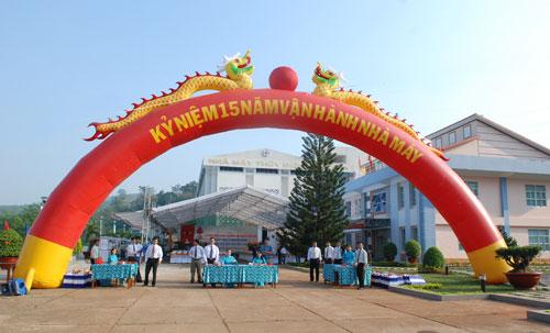 Sự kiện Lễ đón nhận huân chương lao động và kỷ niệm 15 năm vận hành Nhà máy thủy điện Thác Mơ - Tập Đoàn Điện Lực Việt Nam
