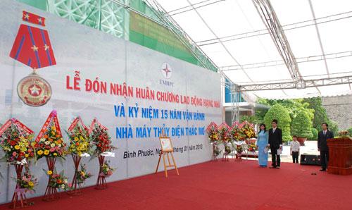 Sự kiện Lễ đón nhận huân chương lao  động và kỷ niệm 15 năm vận hành Nhà máy thủy điện Thác Mơ - Tỉnh Bình  Phước 10