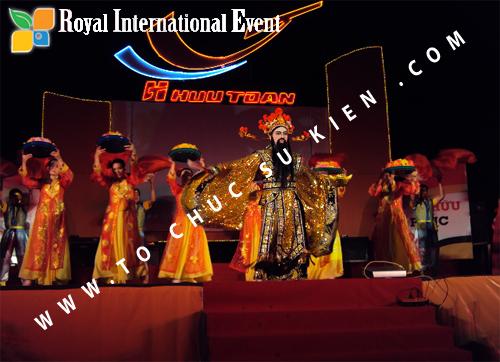 Tổ chức sự kiện Lễ  Tổng Kết năm 2010 và chào đón năm mới 2011 của công ty Cổ Phần Hữu Toàn  04