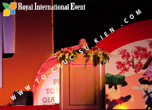 Tổ chức sự kiện Lễ  Tổng Kết năm 2010 và chào đón năm mới 2011 của công ty Cổ Phần Hữu Toàn 12