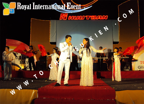 Tổ chức sự kiện Lễ  Tổng Kết năm 2010 và chào đón năm mới 2011 của công ty Cổ Phần Hữu Toàn 31