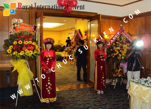 Tổ chức sự kiện Lễ công bố Tín Quang – nhà phân phối của hãng Linde Material Handling tại Việt Nam 2
