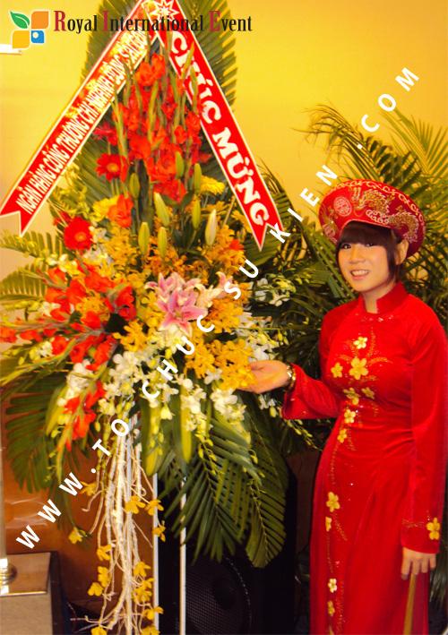 Tổ chức sự kiện Lễ công bố Tín Quang – nhà phân phối của hãng Linde Material Handling tại Việt Nam 6