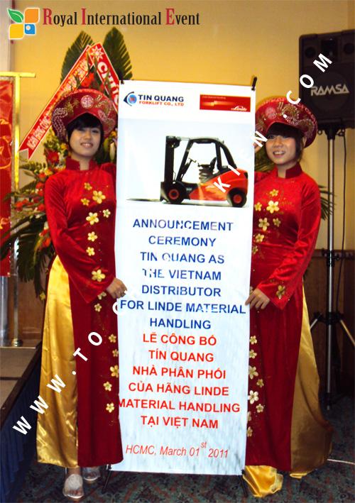 Tổ chức sự kiện Lễ công bố Tín Quang – nhà phân phối của hãng Linde Material Handling tại Việt Nam 7