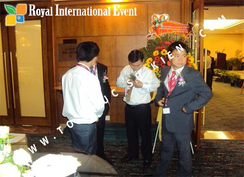 Tổ chức sự kiện Lễ công bố Tín Quang – nhà phân phối của hãng Linde Material Handling tại Việt Nam 11