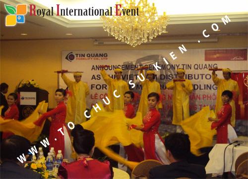 Tổ chức sự kiện Lễ công bố Tín Quang – nhà phân phối của hãng Linde Material Handling tại Việt Nam 22