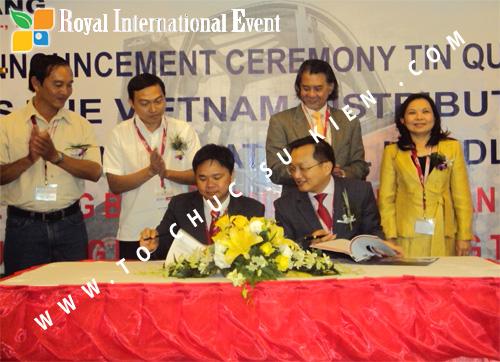Tổ chức sự kiện Lễ công bố Tín Quang – nhà phân phối của hãng Linde Material Handling tại Việt Nam 30