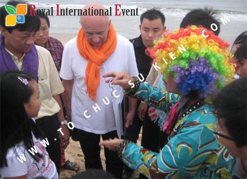 Tổ chức sự kiện Đêm tiệc Royal Dream – Giấc mơ hoàng tộc của Công ty CP Du Lịch Hoa Anh Đào và Cty CP ĐT KD Địa Ốc Hưng Thịnh 24