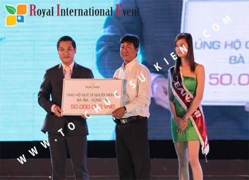 Tổ chức sự kiện Đêm tiệc Royal Dream – Giấc mơ hoàng tộc của Công ty CP Du Lịch Hoa Anh Đào và Cty CP ĐT KD Địa Ốc Hưng Thịnh 29