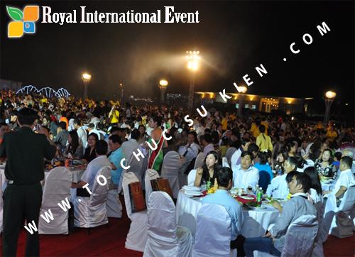 Tổ chức sự kiện Đêm tiệc Royal Dream – Giấc mơ hoàng tộc của Công ty CP Du Lịch Hoa Anh Đào và Cty CP ĐT KD Địa Ốc Hưng Thịnh 30