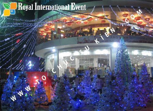 Cho thuê, Tổ chức sự kiện Đêm Giáng Sinh cho Trung tâm mua sắm HomeOne 4