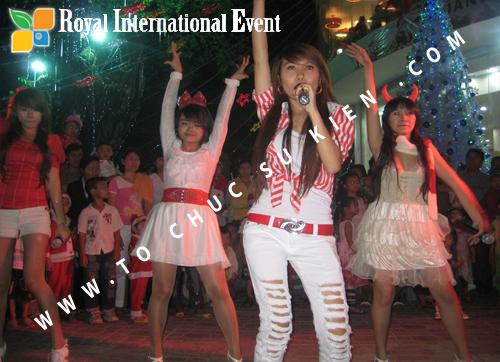 Cho thuê, Tổ chức sự kiện Đêm Giáng Sinh cho Trung tâm mua sắm HomeOne 14