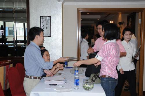 Tổ chức họp báo ra mắt dịch vụ mới cho Tập đoàn GfK Việt Nam tạikhách sạn Caravelle 5