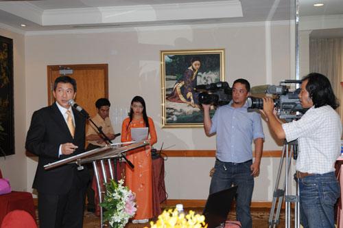 Tổ chức họp báo ra mắt dịch vụ mới cho Tập đoàn GfK Việt Nam tạikhách sạn Caravelle 8