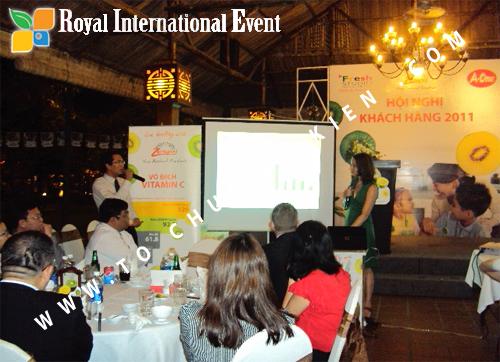 Tổ chức sự kiện Hội nghị khách hàng thường niên năm 2011